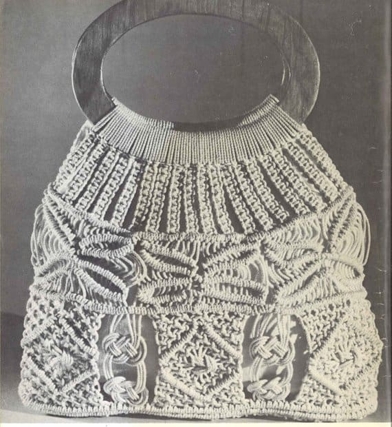 "The ""Guadalajara Bag,"" a vintage macrame pattern originally published in 1971 via TheStarShop"
